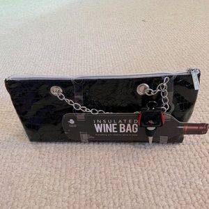 NWT Insulated Wine Bag